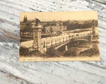 Vintage Paris Postcard . Paris, Pont Alexandre-III . French Vintage Postcard . Topographic Postcard France. Travel Postcards .