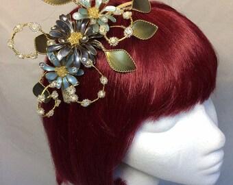 Flower fascinator, Green fascinator, mother of the bride, Autumn fascinator, Bespoke comb, Wedding hair