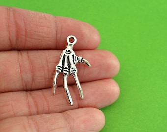 5 Skeleton Hand Charms (CH099)