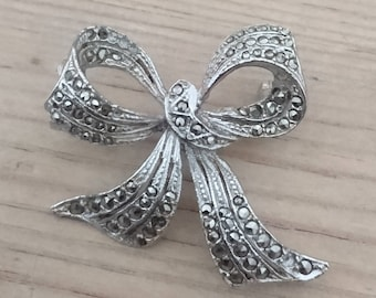 Vintage marcasite bow brooch
