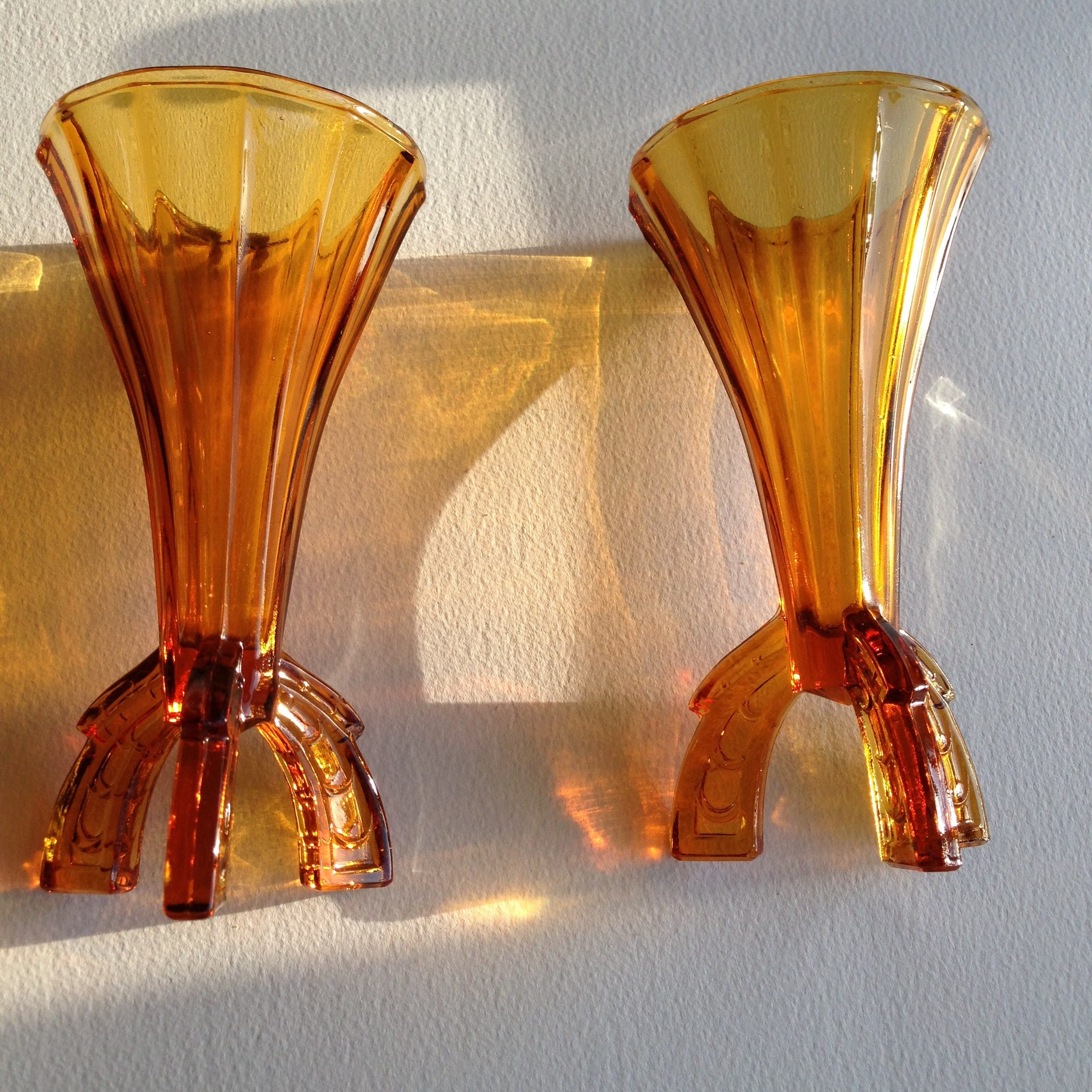 Pair of art deco amber depression glass vase three legged fluted pair of art deco amber depression glass vase three legged fluted vases reviewsmspy