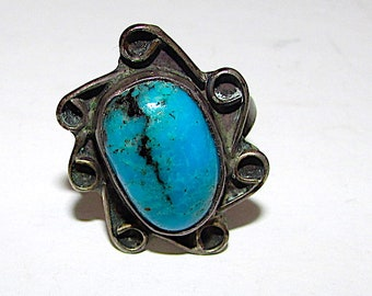 Old Pawn Navajo Ring size 7 Vintage Native American Sterling Silver Turquoise
