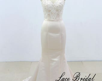 Fit and Flare Vintage Lace Wedding Dress Mermaid Wedding Dress With Detachable Train