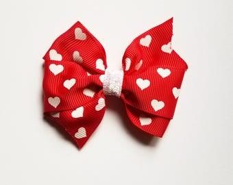 Valentine's Day Hair Bow/Heart/Hair Clip/Girl's Hair Clip/Baby Girl/hair bow/Party Favor/Valentine Hair Bow/Girl's hair bow/Hair Accessory