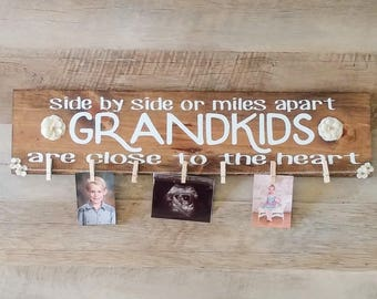 Grandkids sign- Grandchildren Sign - Side by side or miles apart grandkids are close to the heart - grandpa  sign - Grandparents gift
