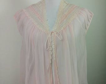 Vintage 60s pink bed jacket lingerie