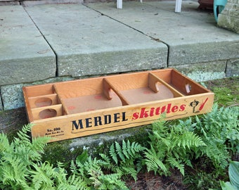 Merdel Skittles Spin Top Bowling Game Board ~ Wood Crate/Tray ~ Storage ~ Display Shelf ~ 1970s ~ Vintage ~ 32x15x4
