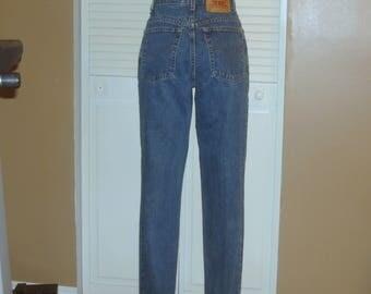 Vintage Levis 551 Dark High Waisted Tapered Mom Blue Jeans~12~