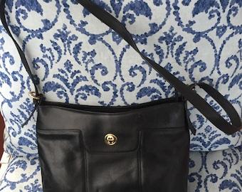 Vintage Aigner Black Leather Shoulder Handbag Purse