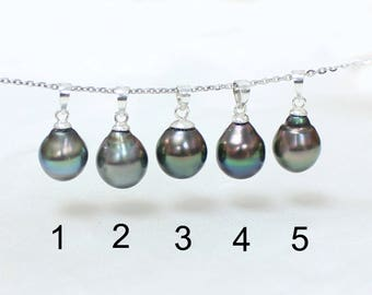 10mm Tahitian Pearl Pendant on Sterling Silver, Peacock, Silver, Metallic