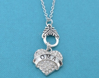 Oma Charm Pendant Necklace.  Oma gifts.  Oma necklace.  Oma charm.  Gift for Oma.  Grandmother gifts. Gifts for grandmothers.