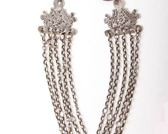 Tunisian fibulas and chain - silver, 19th or early 20th C