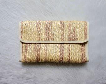 1980s Woven Clutch// Straw Clutch// Vintage Purse// Vintage Accessories