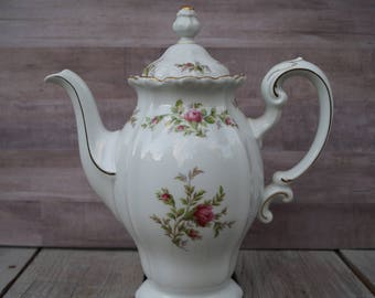 Johann Haviland Tea Pot - Bavaria Germany