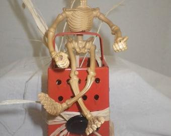 Upcycled Vintage Metal Kitchen Grater~ Halloween Skeleton ~ Halloween Decor ~ Halloween Menu Holder