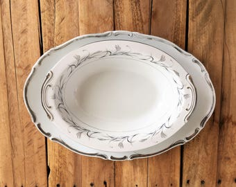 Harmony House Starlight 3656 Serving Platter and Platinum Garland 3541 Serving Bowl