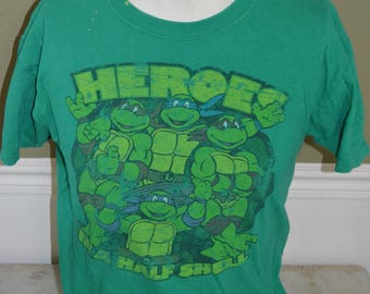 "Vintage Teenage Mutant Ninja Turtles ""Heroes in a Half Shell"" Graphic T-Shirt (Size: M)"