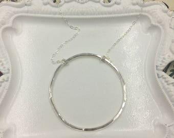Large Hammered Circle Necklace / Eternity Hoop Necklace / Circle Necklace / Sterling Silver Hoop Necklace / Minimalist Necklace