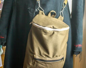 Convertible backpack in khaki Messenger bag for men