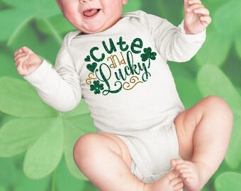 Cute & Lucky Newborn Baby Infant Bodysuit Creeper Toddler T Shirt Tee Funny Baby Shower Gift Idea Birthday Present St. Patrick's Day Clover