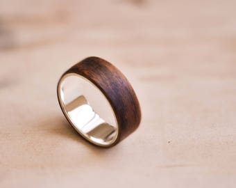 White Gold Liner with Santos Rosewood Bentwood Ring