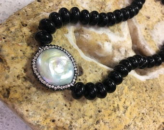 Beautiful Onyx & Pearl Necklace