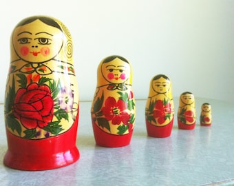 Hand Painted USSR Matryoshka Wooden Stacking Doll, Russian Nesting Doll, Vintage Stacking Dolls, Russian Nesting Dolls, Little Matron