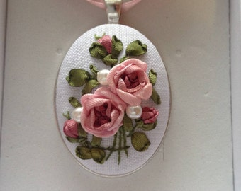 Shaded pink roses Embroidered bouquet with Silk ribbons Elegant pendant in Vintage style Choker Unique floral necklace Embroidered jewelry