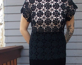 Vintage Handmade Crochet Black Flower Womens Top Large