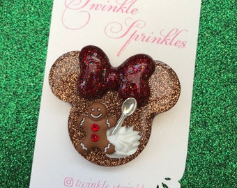 Gingerbread Minnie with whipped cream brooch / necklace