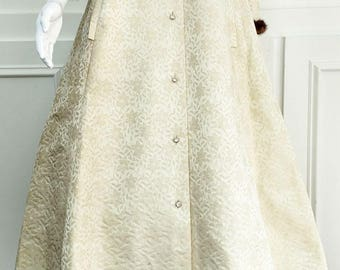"""1970s RARE!! Vintage Gold & Silver Metallic """"Styled by Dorian"""" Evening Coat/Hostess Gown--Sz. 10  (SKU 10400CL)"""