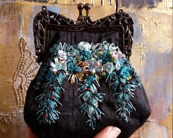 Fancy Clasp Coin Purse