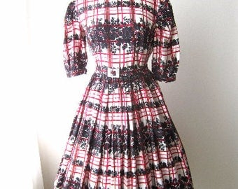 M 50s Dress Novelty Print Cotton Black Pink White Plaid Floral Full Skirt Puff Sleeves Party Summer Belted MCM Medium