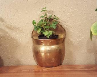 Medium vintage brass wall planter.  Retro wall pocket.  Eclectic vintage planter.