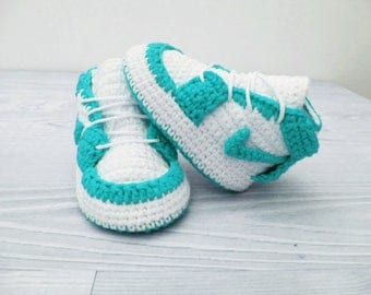 Crochet baby shoes Baby sneakers Baby booties Crochet sneakers, New baby boy, Newborn baby shoes, Baby shoes handmade, Crib shoes
