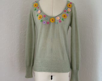 Restyled green jumper, UK 12, US 10, zero waste sunflowers, felt flowers, flower sweater, spring flowers, embellished, embroidered sweater