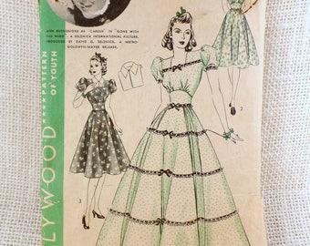 Vintage Pattern Hollywood 1967 Ann Rutherford Gone With the Wind 1940s dress Bust 32 fitted midriff puff sleeve puff sleeve Collar