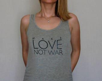 Make Love Not War Maternity Shirt, pregnancy shirt, pregnancy announcement, maternity clothes, pregnancy clothes, pregnancy gift