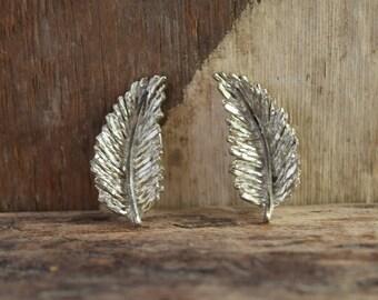 Feather Earrings - Vintage clip earrings - Silver feather jewelry - Clipon earrings - pinup jewelry