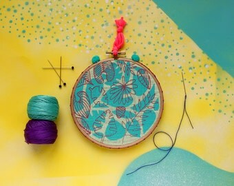 Tropical leaves print - turquoise and pink hand printed fabric in a decorated hoop