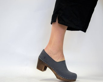 Leather Shoes For Women / Handmade Clogs / Wooden Heel / Comfortable Shoes / Closed back Clog / Handmade Gifts / Sandgrens / Bridget