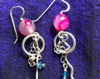 Magenta silver earrings