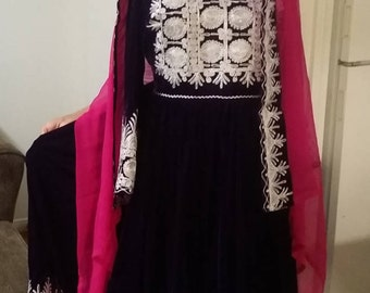 Afghani clothes