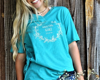 AMAZING GRACE heathered teal v-neck vintage-style tee with cream laurel