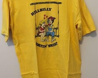 Redneck Hillbilly Funny vintage t-shirt - Large - Country Livin