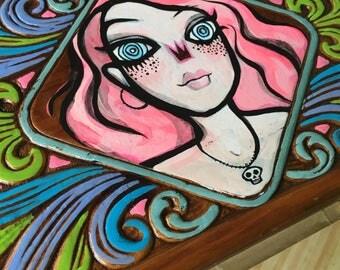 Swirly girl jewlry box