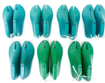 Free shipping! Set  of 7 pairs (71 USD a pair) of  woman low heel  thong shoe last (36-42 EU, 6- 11 1/2 US size) for  flat T-strap sandals