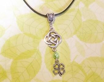 Necklace: Lucky Irish