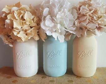 White Blue and Beige Mason Jars, Beach Mason Jars, Painted mason jars, Summer mason jars, summer home decor, beach decor, mason jar vases