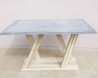 how to make concrete table with wood inlay